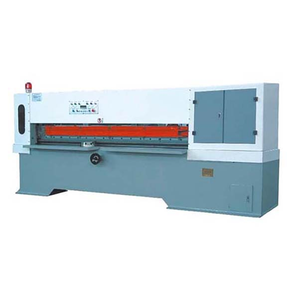 Veneer Cutting Machine